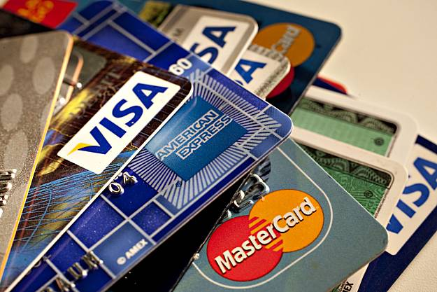 FIA Arrested Pakistanis for Using Counterfeit Credit Cards