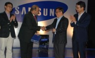 Samsung Launches Galaxy NX 300, Galaxy S4 Zoom and Sound bar HW-F 750 in Pakistan
