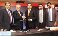 Ufone and Faysal Bank Launches Industry's First Smartphone Plans